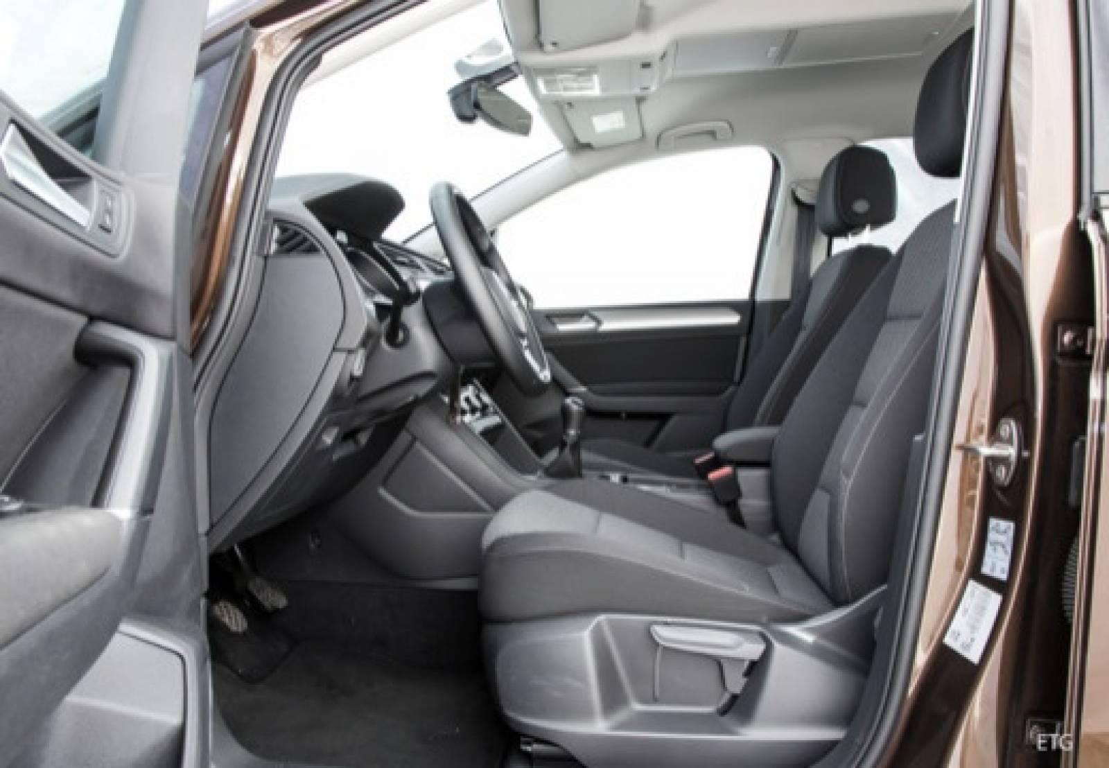 VOLKSWAGEN Touran 2.0 TDI 150 DSG7 7pl - véhicule neuf - LEMAUVIEL AUTOMOBILES - Présentation site web V2 - Lemauviel automobiles - AVRANCHES - 50300 - LE VAL-SAINT-PÈRE - 7