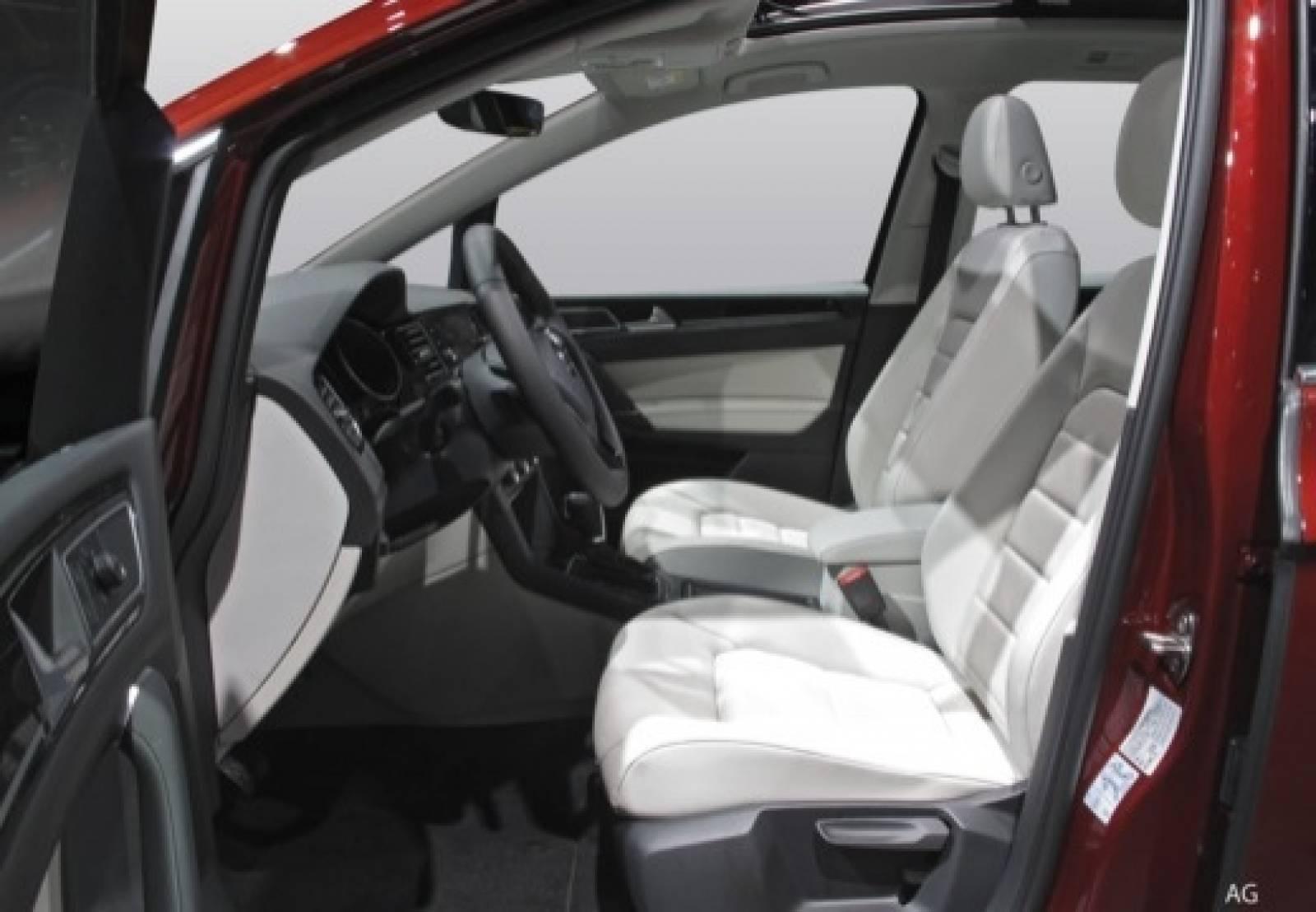 VOLKSWAGEN Golf Sportsvan 1.5 TSI 130 EVO BMT BVM6 - véhicule neuf - LEMAUVIEL AUTOMOBILES - Présentation site web V2 - Lemauviel Automobiles - VIRE - 14500 - VIRE - 6