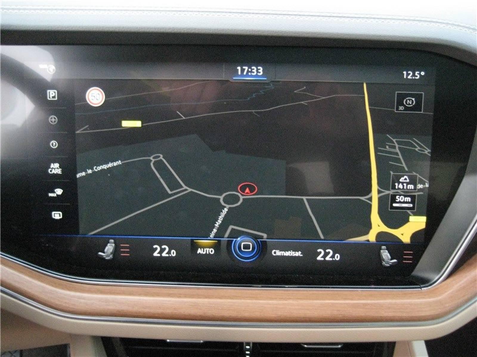 VOLKSWAGEN Touareg 3.0 TDI 286ch Tiptronic 8 4Motion - véhicule d'occasion - LEMAUVIEL AUTOMOBILES - Présentation site web V2 - Lemauviel automobiles - AVRANCHES - 50300 - LE VAL-SAINT-PÈRE - 9