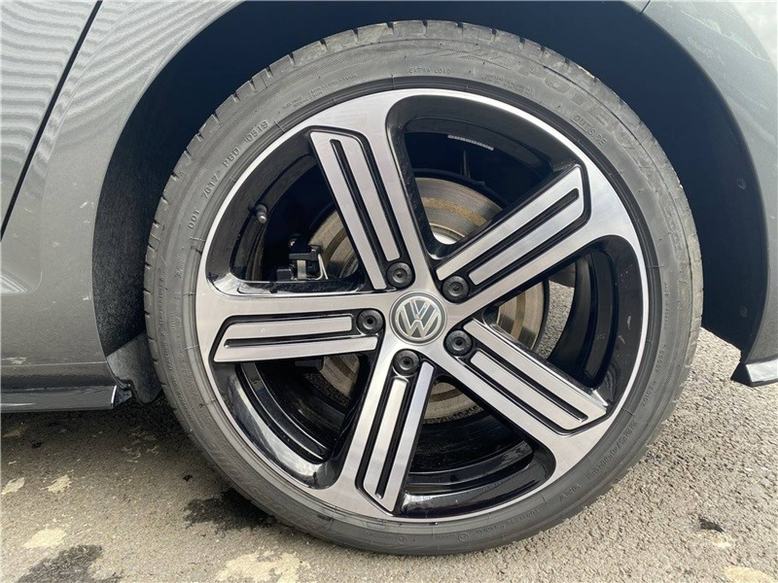 VOLKSWAGEN Golf 2.0 TSI 300 DSG7 4Motion - véhicule d'occasion - LEMAUVIEL AUTOMOBILES - Présentation site web V2 - Lemauviel automobiles - AVRANCHES - 50300 - LE VAL-SAINT-PÈRE - 20