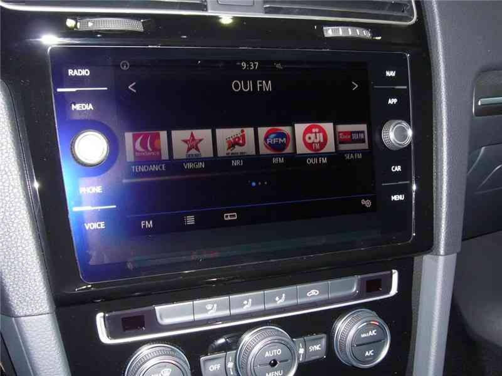 VOLKSWAGEN GOLF GTE HYBRIDE RECHARGEABLE 204 CH DSG6 - véhicule neuf - LEMAUVIEL AUTOMOBILES - Présentation site web V2 - Lemauviel automobiles - AVRANCHES - 50300 - LE VAL-SAINT-PÈRE - 8