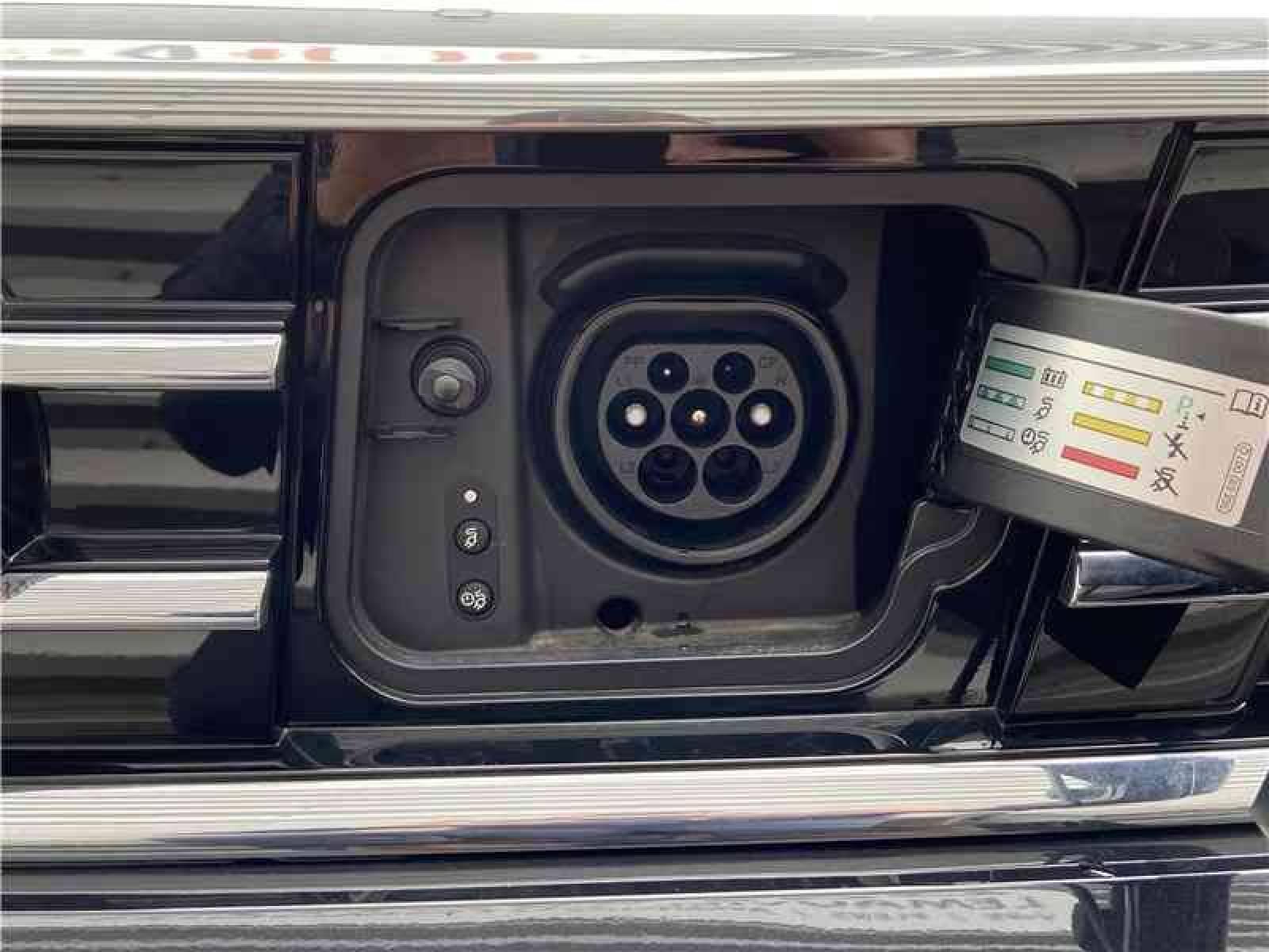 VOLKSWAGEN Passat SW 1.4 TSI Hybride Rechargeable DSG6 - véhicule d'occasion - LEMAUVIEL AUTOMOBILES - Présentation site web V2 - Lemauviel Automobiles - VIRE - 14500 - VIRE - 19