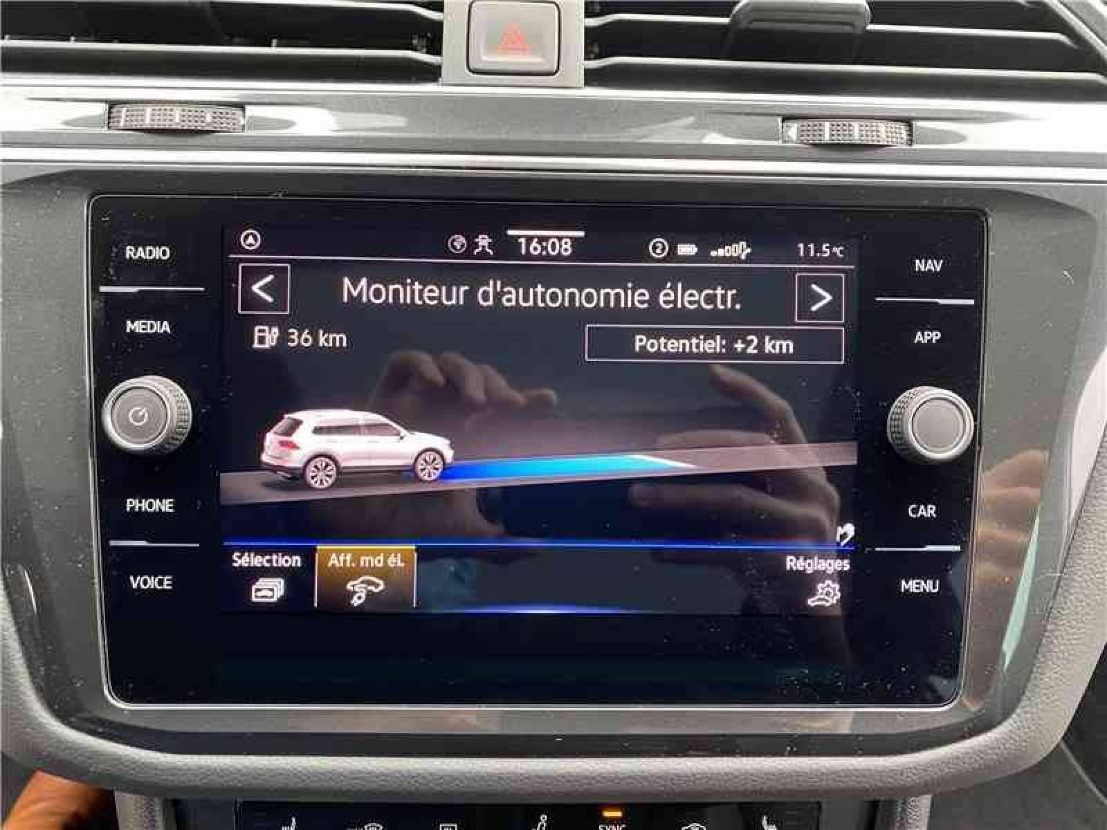 VOLKSWAGEN Tiguan 1.4 eHybrid 245 DSG6 - véhicule d'occasion - LEMAUVIEL AUTOMOBILES - Présentation site web V2 - Lemauviel Automobiles - VIRE - 14500 - VIRE - 18