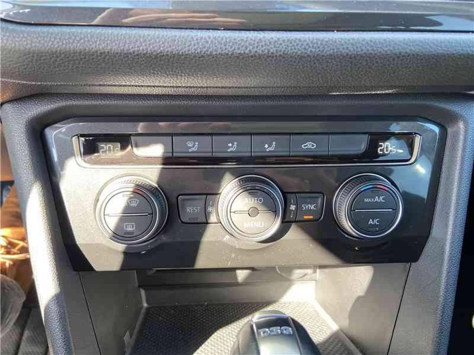 VOLKSWAGEN Tiguan Allspace 2.0 TDI 150 DSG7 - véhicule d'occasion - LEMAUVIEL AUTOMOBILES - Présentation site web V2 - Lemauviel Automobiles - VIRE - 14500 - VIRE - 17